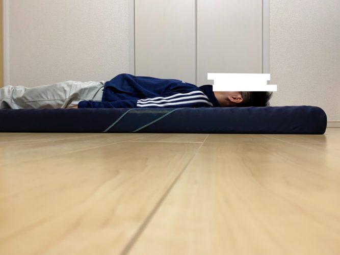 西川エアー・仰向き寝